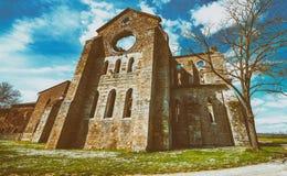 La abadía antigua de San Galgano, Italia, es un ejemplo mirable de Imagen de archivo