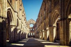 La abadía antigua de San Galgano, Toscana Chiusdino, Siena, Italia Imagen de archivo libre de regalías