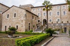 La abadía de Casamari, cerca de Veroli, Italia Fotografía de archivo libre de regalías