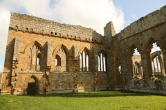 La abadía de Egglestone es una abadía abandonada de Premonstratensian en el banco meridional de las camisetas del río Imágenes de archivo libres de regalías