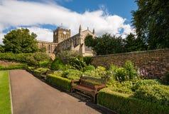 La abadía de Hexham domina la ciudad Fotos de archivo