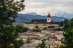 La abadía de Nonnberg es un monasterio benedictino en Salzburg Imagen de archivo