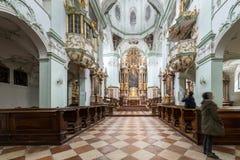 La abadía de San Pedro que visita en Salzburg Imagen de archivo