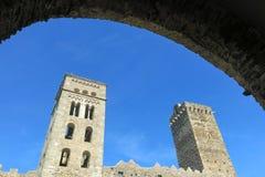 La abadía Románica de Sant Pere de Rodes, en el municipio Fotos de archivo libres de regalías