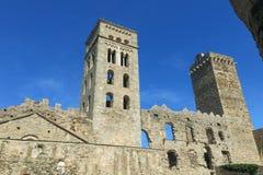 La abadía Románica de Sant Pere de Rodes, en el municipio Imagen de archivo