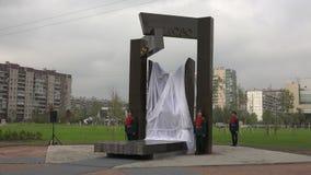 La abertura del monumento a los soldados soviéticos en Afganistán 4K almacen de metraje de vídeo