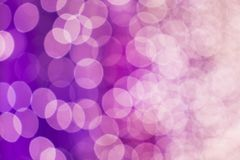 La abstracción coloreó borroso Luces desenfocado violeta imágenes de archivo libres de regalías