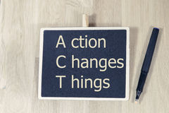 La acción cambia cosas Fotos de archivo