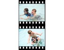 La acción de la tira de la película embroma la natación Fotos de archivo libres de regalías