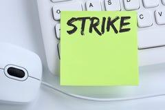 La acción de la protesta de la huelga demuestra los trabajos, negocio c de los empleados del trabajo Foto de archivo libre de regalías