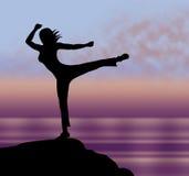 La actitud de la yoga representa calma relajante y el cuerpo Imagen de archivo libre de regalías
