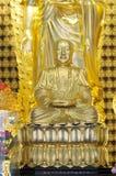 La adoración del ídolo chino del buddhism Imágenes de archivo libres de regalías