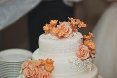 La aduana de la torta del banquete en la boda 4312 Imagen de archivo