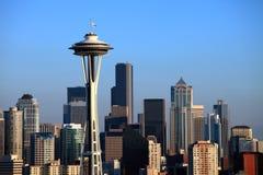 La aguja y el horizonte del espacio de Seattle. imagen de archivo