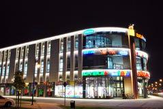 La alameda Alto Wilanow ALTO Wilanow es una alameda de compras situada en el ³ w de Wilanà Imagen de archivo libre de regalías