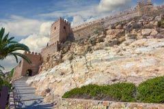 La Alcazaba en muren van Cerro DE San Cristobal, Almeria Spa Stock Afbeeldingen