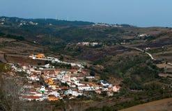 La aldea en las montañas Imagen de archivo libre de regalías
