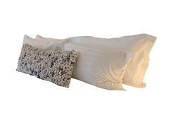 La almohada de cama blanca con adorna la almohada mullida larga Fotografía de archivo libre de regalías