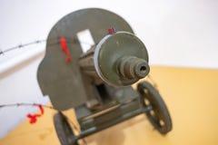 La ametralladora militar vieja nos tuvo como objetivo, ametralladora soviética imagen de archivo