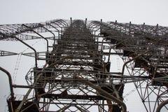 La antena militar está en la zona de exclusión de Chernóbil fotos de archivo