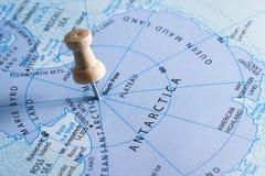 La Antártida en un mapa Fotos de archivo libres de regalías