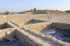 La arqueología trabaja en el teléfono Azeka en las colinas de Judeia Fotografía de archivo libre de regalías