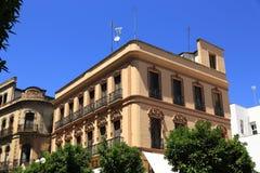 La arquitectura de las casas viejas en el rdoba del ³ de CÃ, España foto de archivo