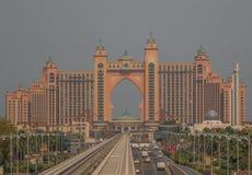La arquitectura inequívoca del hotel de la Atlántida, Dubai fotos de archivo