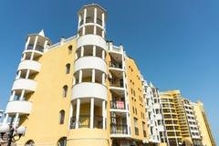 La arquitectura original de Sunny Beach en Bulgaria Foto de archivo