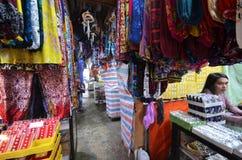 La artesanía vendió en el mercado filipino en Kota Kinabalu Fotografía de archivo libre de regalías
