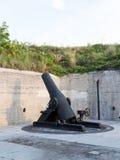 La artillería vieja dispara contra en Fort de Soto la Florida Foto de archivo libre de regalías