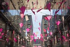 La atmósfera festiva de la primavera del centro de ciudad de DC acompaña los eventos en Washington DC, los E.E.U.U. de la flor de Foto de archivo