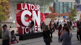 La-Ausflug KN-Turm in Toronto, Kanada stock video footage