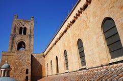 La azotea de la catedral de Monreale en Sicilia Fotografía de archivo libre de regalías