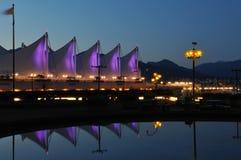 La azotea del lugar en la noche, Vancouver de Canadá Foto de archivo