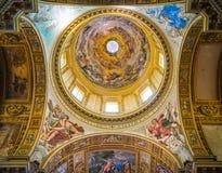 La bóveda en la basílica del ` Andrea della Valle de Sant en Roma, Italia foto de archivo libre de regalías