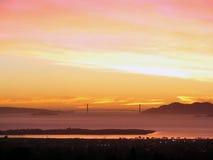 La bahía del este de SF sunset_Golden la puerta Imagen de archivo