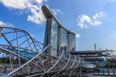 La baia del porticciolo insabbia il ponte dell'elica e di Singapore Fotografia Stock Libera da Diritti
