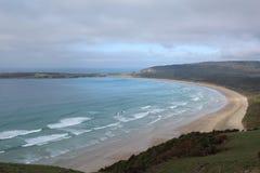 La baie de l'île de sud de la Nouvelle Zélande photographie stock libre de droits