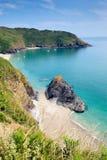 La baie de Lantic a isolé la plage les Cornouailles Angleterre près de Fowey Image libre de droits
