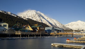 La baie Seward Alaska de résurrection de gel d'hiver accouple Marina Boardw Image stock