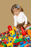 La bambina che gioca il progettista Immagini Stock