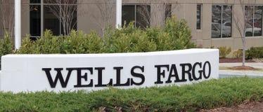 La Banca del Wells Fargo Immagini Stock Libere da Diritti