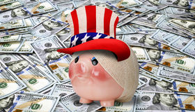 La Banca Piggy ammalata Fotografie Stock Libere da Diritti