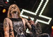 La banda de heavy metal negra pesada de Kampfar vive en el concierto 2016 Imagenes de archivo