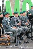 La banda militar el Tirol (Austria) se realiza en Moscú Imagenes de archivo