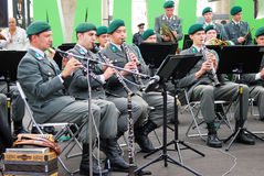 La banda militare Tirolo (Austria) esegue a Mosca Fotografia Stock Libera da Diritti