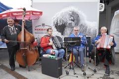 La banda tradizionale svizzera di musci vive nel festival Immagini Stock Libere da Diritti
