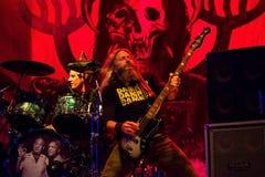 La bande de métaux lourds de mastodonte exécutent de concert au festival de musique de métaux lourds de téléchargement images libres de droits