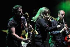 La bande de Rotfront de Berlin exécute un concert vivant Image stock